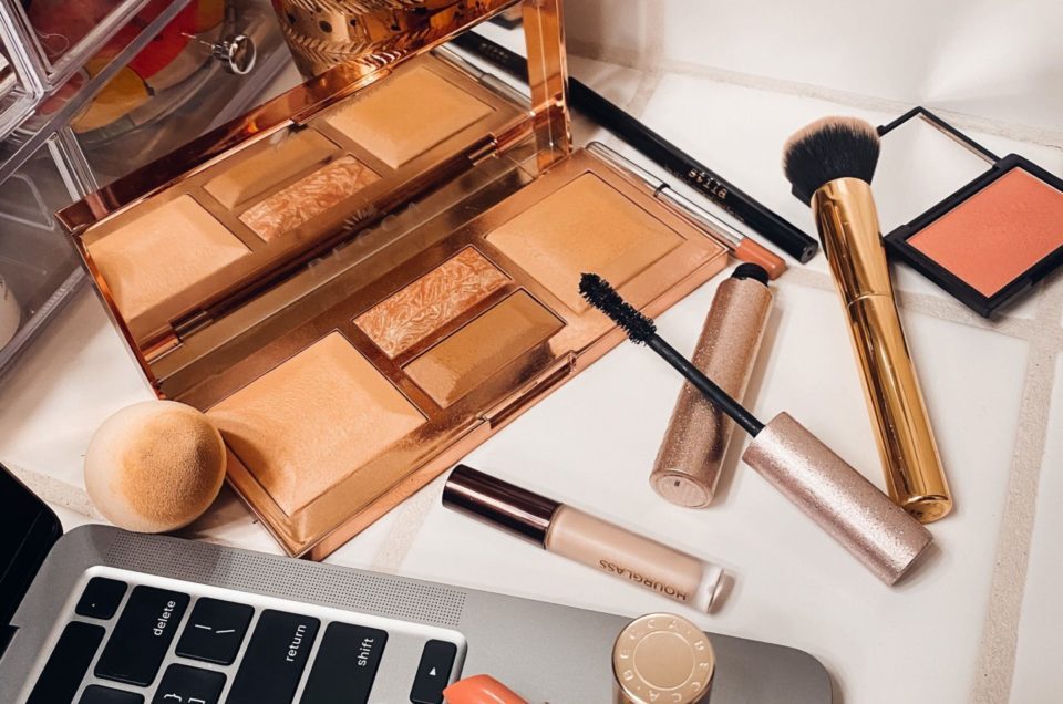 Virtual Makeup Lessons with MAB